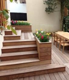 entrée escaliers bois